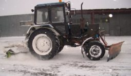 Аренда трактора МТЗ с щеткой