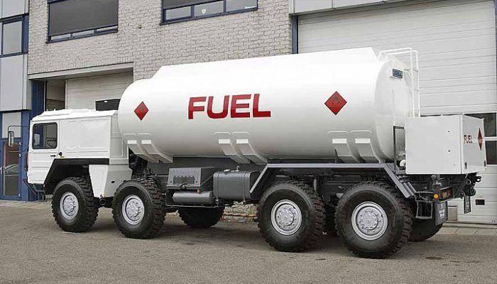 Автоцистерна бензовоз MAN