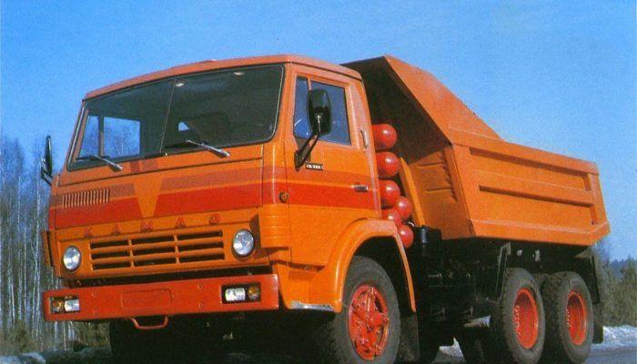 Дорожный самосвал КамАЗ-5511