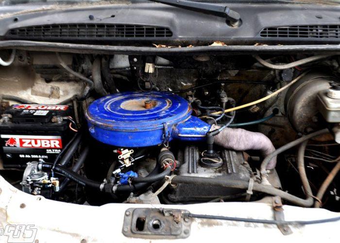 ГАЗ 3302 - двигатель