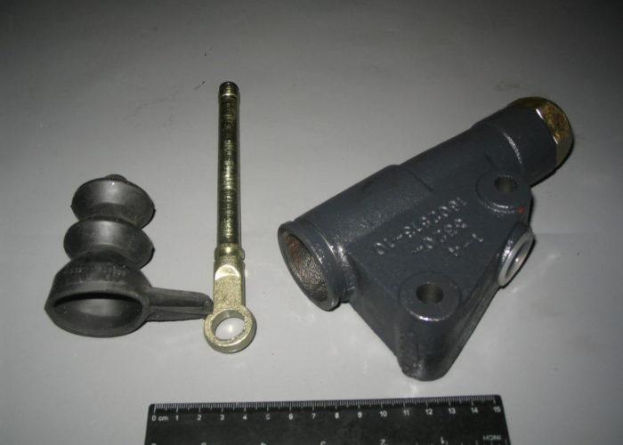 Главный цилиндр сцепления ЗИЛ 5301 ДК