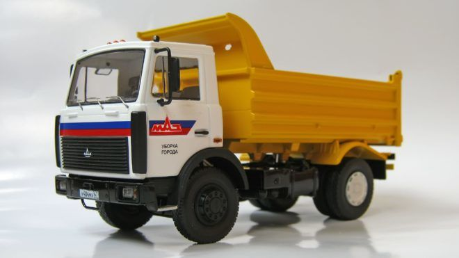 МАЗ-5551