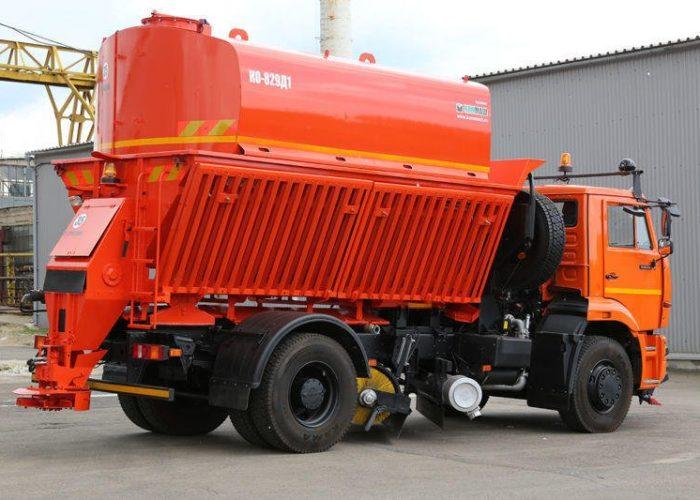Поливомоечная машина КО-829 на базе шасси КАМАЗ-65115