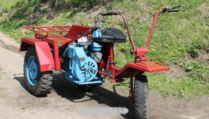 Трактор Беларус-08К