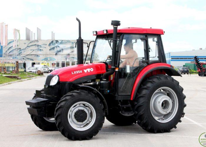 Трактор YTO LX 954