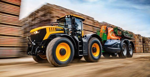 Транспортный трактор JCB Fastrac