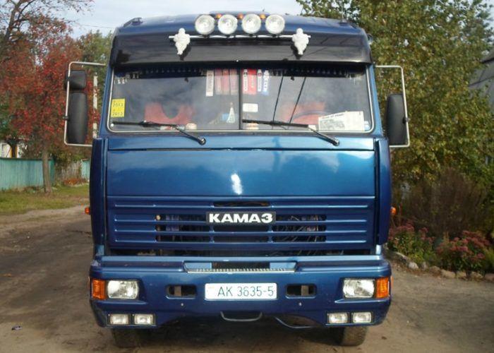 Тюнинг Камаз 65115 синего цвета