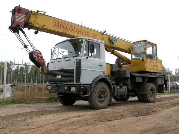 Автокран МАЗ 5337