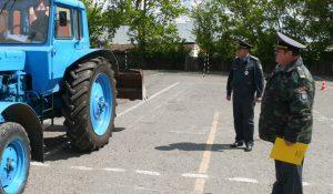 Экзамен для трактористов