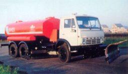 Машины поливомоечные КО-823-03