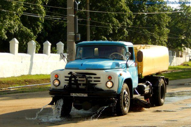 Поливомоечная машина КО-002 на шасси ЗиЛ-431412
