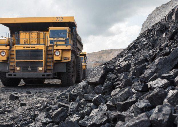 Самосвал для работы в угольных шахтах