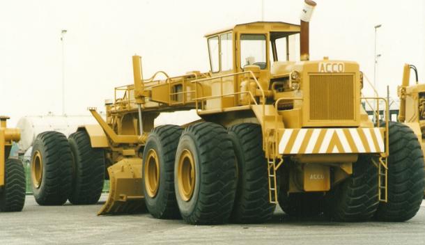 Трактор ACCODozer