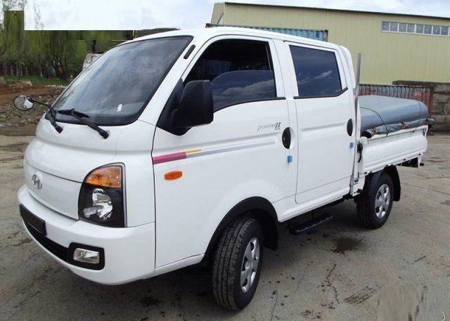 Hyundai Porter - бортовой грузовик с 4 дверьми
