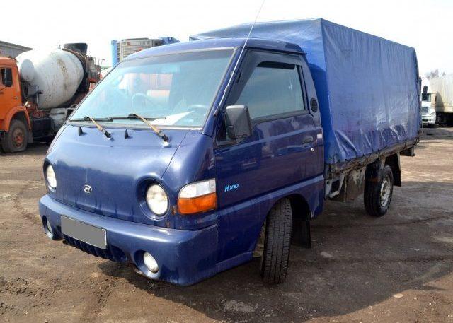 Hyundai Porter - бортовой грузовик с тентом
