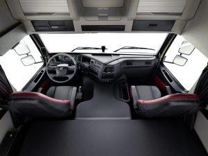 Интерьер кабины Volvo FMX
