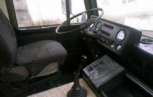 Интерьер салона кабины МАЗ-5337