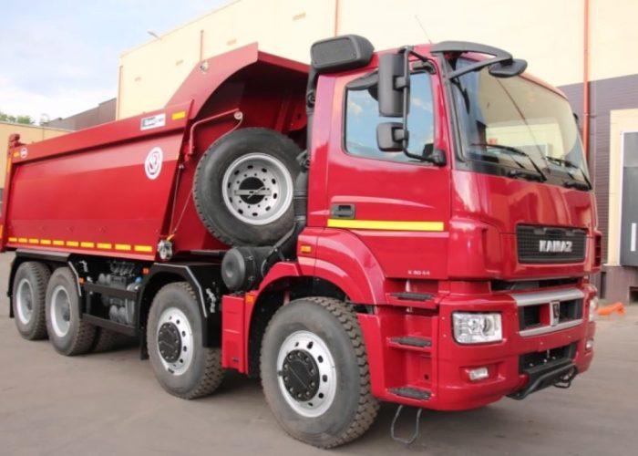 КАМАЗ 65801 с колёсной формулой 8х4