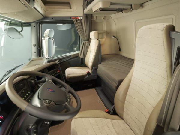 Салон Scania R730