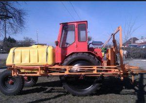 Самоходный опрыскиватель на базе трактора Т-16