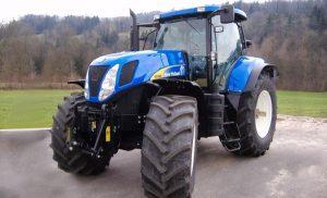 Трактор Т7060