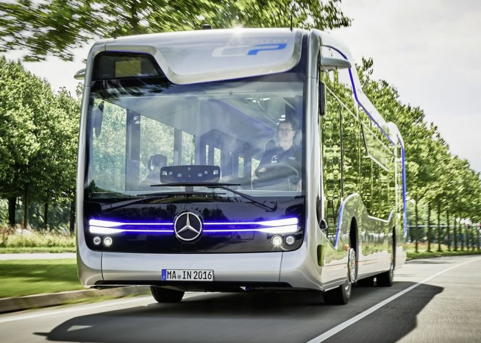 Вождение автобуса по городу
