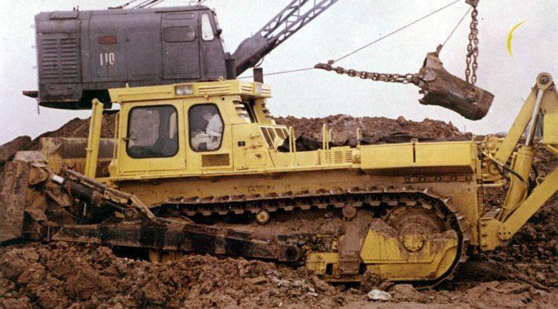 Бульдозерно-рыхлительный агрегат на базе трактора Т-330