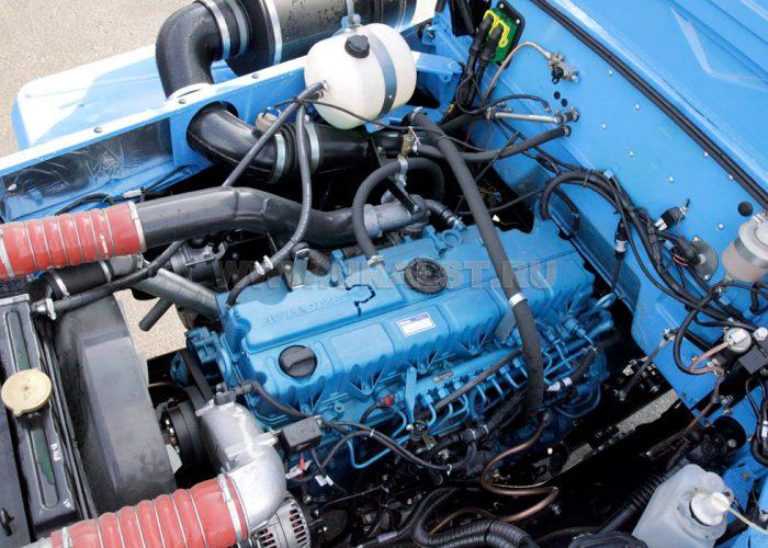 ДвигательУрала 4320 ЯМЗ-536
