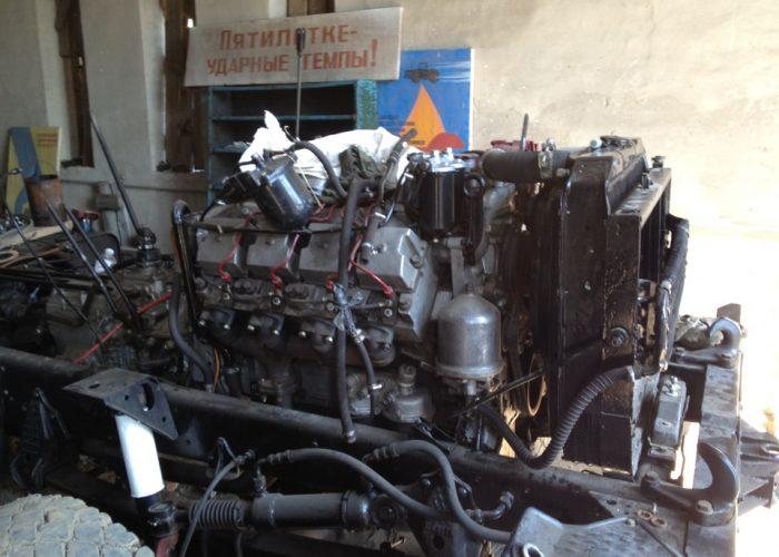 ДвигательУрала 4320 на разборке