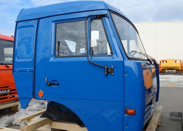 Фото кабины Камаза 5320 синяя