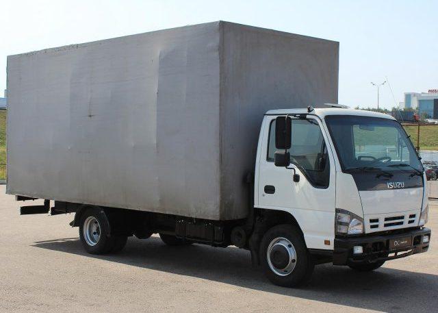Фургон Isuzu NQR-75