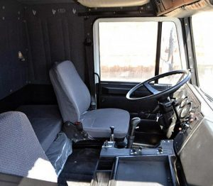 Интерьер кабины МАЗ-6422