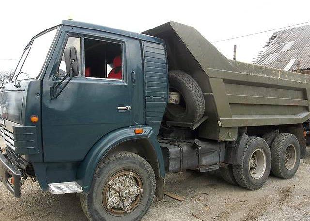 Самосвал КамАЗ 5511 (KAMAZ 5511) 1995 года.