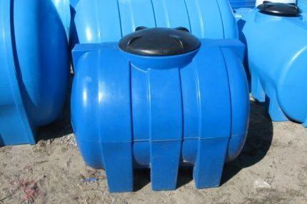 Пластиковая бочка для выгребной ямы