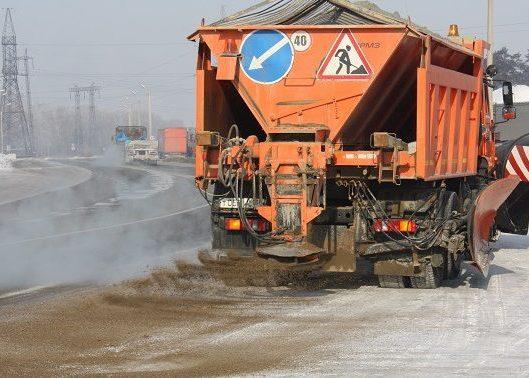 Разбрасыватели песка на КДМ