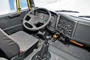 Салон автомобиля КамАЗ-65116