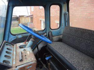 Интерьер трактора МТЗ-80