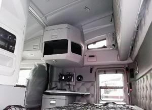 Салон тягача T680 Kenworth