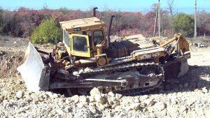Трактор Т-330 в работе