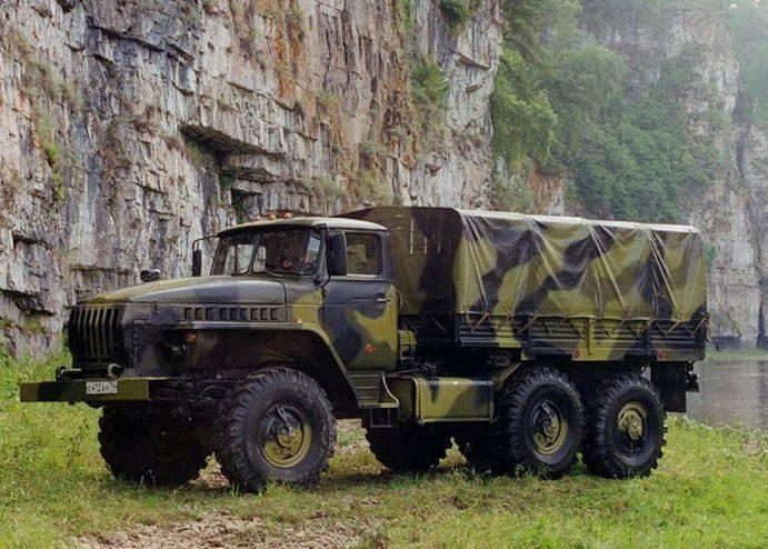 ВоенныйУрал 4320 камуфляж
