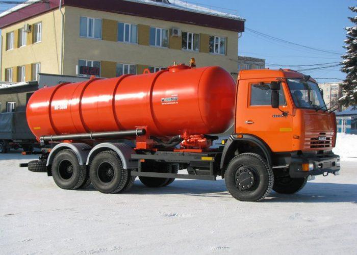 Ассенизатор на базе КамАЗ