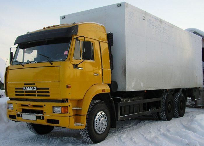 Автомобиль КамАЗ-6520