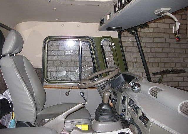 Фото GAZ 66 - тюнинг салона