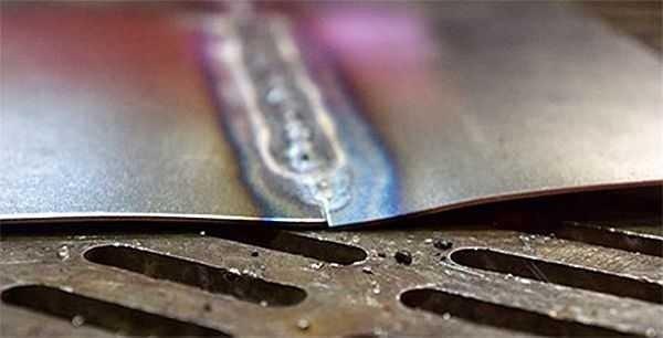 Использование теплоотводящих прокладок во время сварки