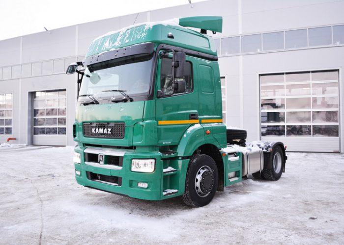КАМАЗ 5490-S5 зеленый