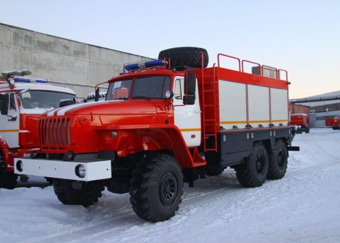 Урал 5557 спасательный автомобиль