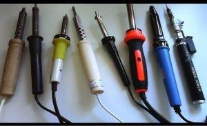 Жала от профессионального паяльника выступают в качестве электродов для точечной сварки