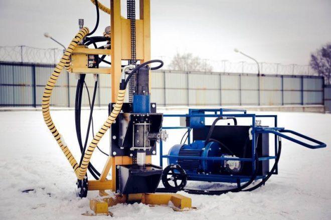 Буровые установки для бурения скважин на воду