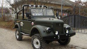 ГАЗ-69 цвета хаки