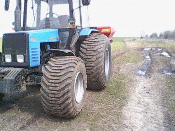 Колеса трактора МТЗ-1025